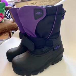 Girl's Quebec Boot By Tundra - Black/Purple